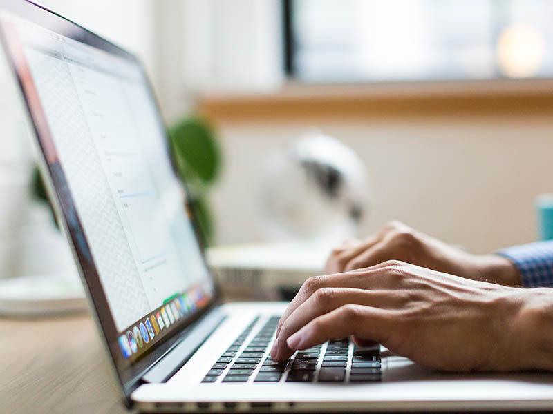 Programas para hacer firma de correo electrónico